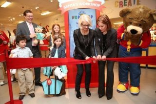build a bear Times_Square_Grand_Opening_Photo