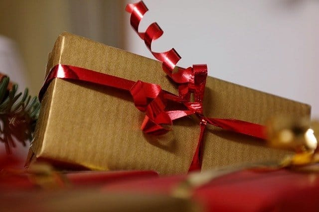 How Franchise Businesses Help Deliver Holiday Happiness This Season