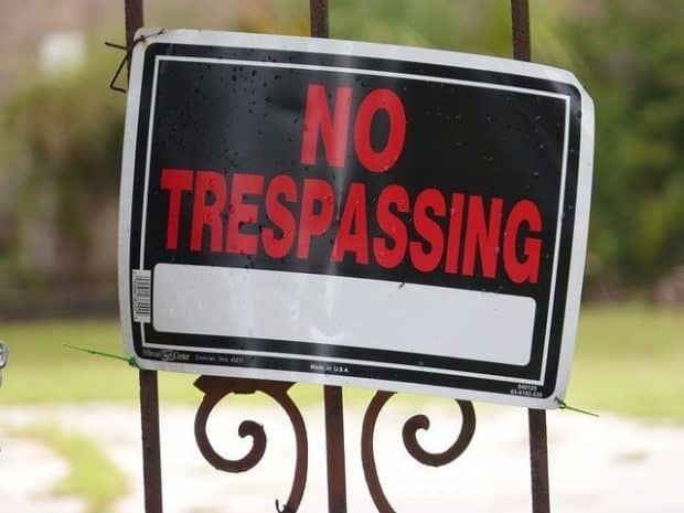 no trespassing on Subway franchise territory