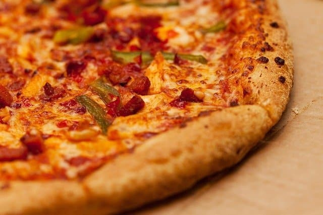 Pizza Franchise War In Australia May Hit U.S. Shores