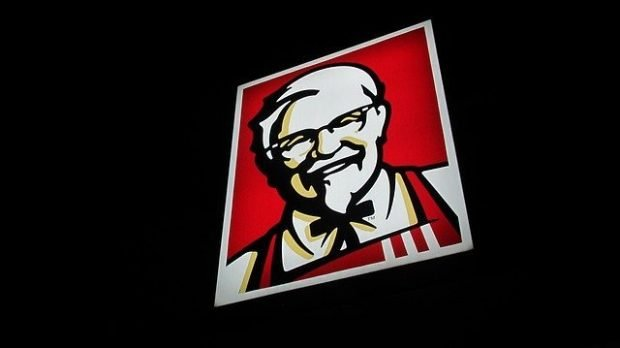 kfc franchise image of colonel sanders