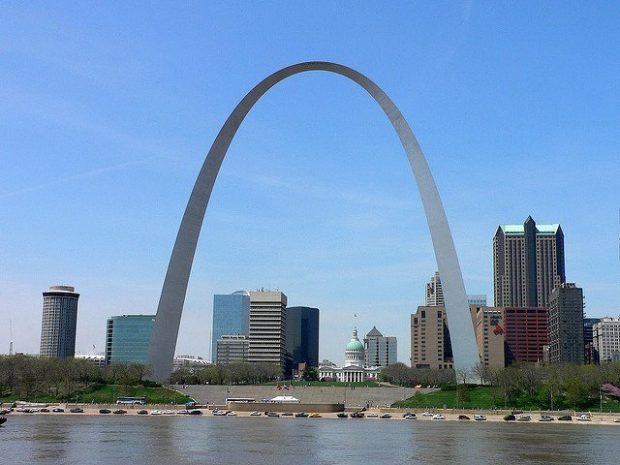 image of st. louis arch